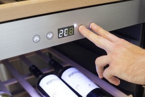 CASO WineChef Pro 126-2D App-controlled wine control device - Two separate temperature zones