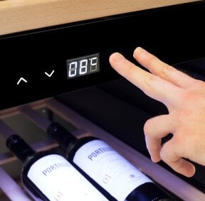 CASO WineExclusive 38 Smart App-controlled wine control device for 38 bottles