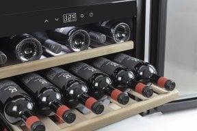 CASO WineSafe 18 EB Compressor-technology - 18 bottles - Built-In