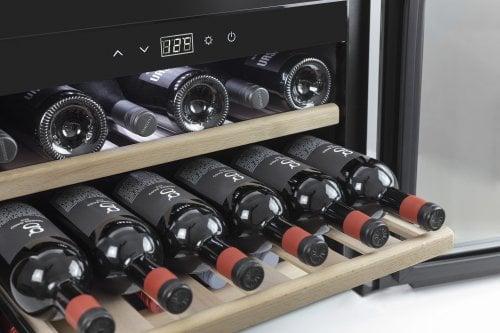 CASO WineSafe 18 EB Inox Hochwertiger Einbau Weinkühlschrank
