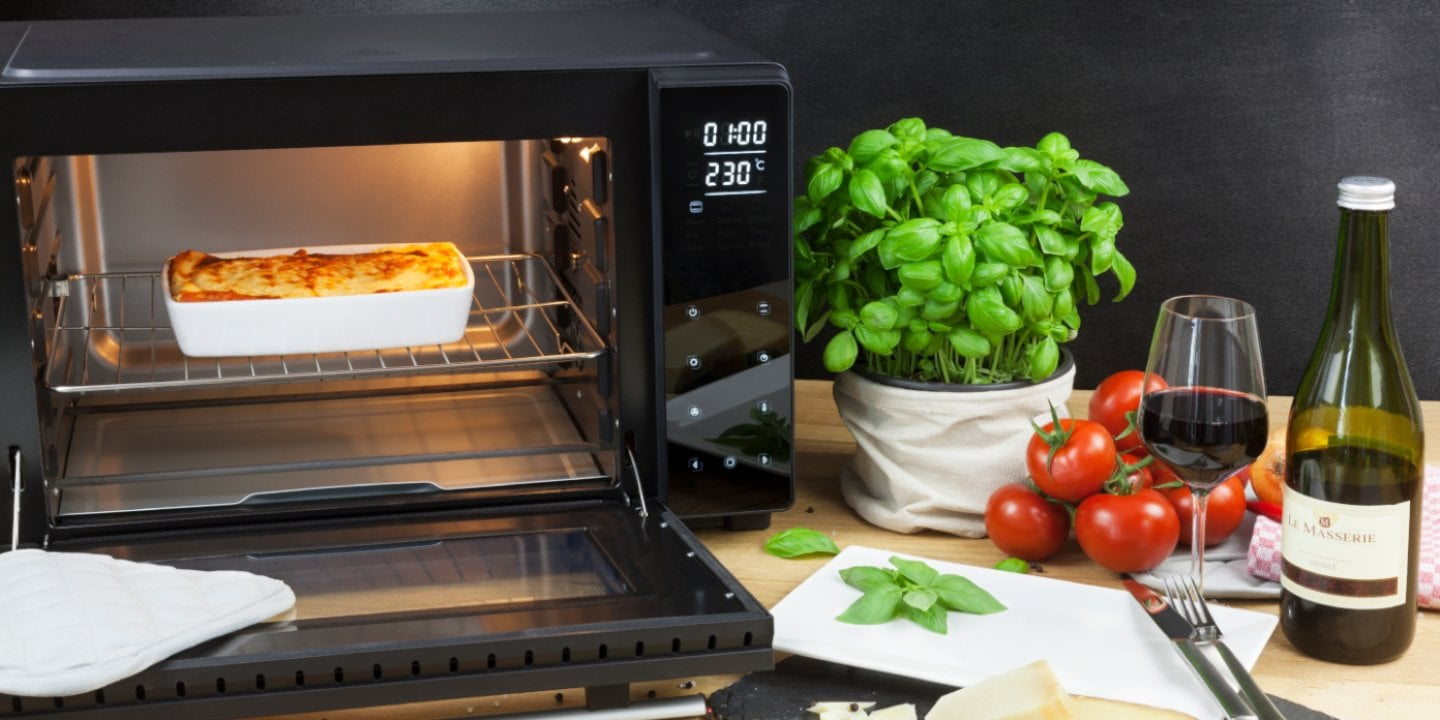 Microwaves & more - The multifunction devices with many cooking devices and intuitive operation